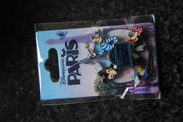 DLP - Mickey, Minnie, Donald And Goofy Spinner        Open Edition - Disney