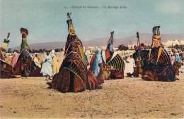 Scènes Et Types - Groupe De Bassours, Un Mariage Arabe (chameaux) - Algeria