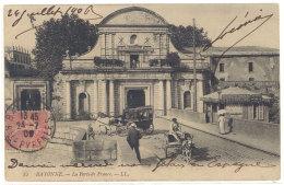 Cpa Bayonne - La Porte De France  ( Diligence )  ((S.341)) - Bayonne
