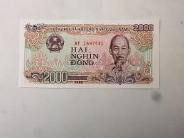 Vietnam : Billet De 2000 Dông, Etat Neuf - Vietnam