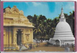 SRI LANKA ( CEYLON )  BUDDHIST TEMPLE - Sri Lanka (Ceylon)