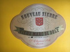 2176 -Suisse Valais Vieux Marc De Dôle - Etiquettes