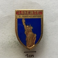 Badge (Pin) ZN003421 - Ship (Schiff / Boat) Compagnie Générale Transatlantique (French Line) - Boats