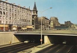 CPM . 93 .  SAINT DENIS . AVENUE DU PT-WILSON - Saint Denis