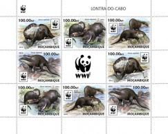 Mozambique. 2016 WWF – Otter. (2 Sets) (401c)