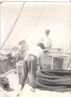 """MARINS A BORD .FEMME ET ENFANT """"EN CROISIERE""""!   PHOTO SEPIA Annee 1910.20 12X9cm - Boats"""