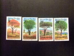 ZIMBABWE 1981 DIA INTERNACIONAL DEL ARBOL Yvert N º 29 / 32 ** MNH - Zimbabwe (1980-...)