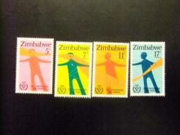 ZIMBABWE 1981 PERSONAS DISMINUIDAS HANDICAP Yvert N º 25 / 28 ** MNH - Zimbabwe (1980-...)