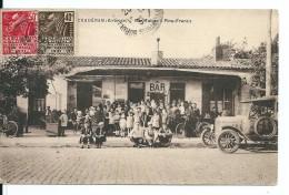 Bordeaux Caudéran (Gironde) Le Bar Tabac - Pins Francs Avec Belle Animation, Enfants ,Automobile (Non Vue Sur Delcampe)