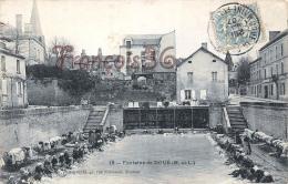(49) Maine Et Loire - Doué La Fontaine - Le Lavoir - Laveuses Lavandières 1907 - 2 SCANS - Doue La Fontaine