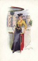 MILITARY BEAUTY AND DIRIGIBLE FINE OLD Postcard - Personnages