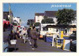 50 - JULLOUVILLE SUR MER : Le Marché - CPM GF - Manche - Autres Communes