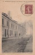 Carte Postale Ancienne WOINCOURT ( Somme - Cité Brécaut - Rue De Fressenneville - 2 Personnages - Other Municipalities