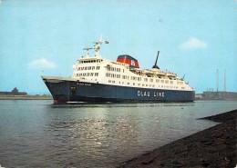 "Cpsm Bateau Navire  Danois Identifié "" Olau Kent "" Olau Line Danemark Popenborg 1970 - Steamers"