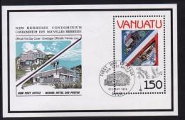 Vanuatu Mini Sheet To Celebrate The London Stamp World Exhibition - Vanuatu (1980-...)