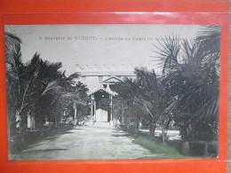 SOUVENIR DE DJIBOUTI . L ENTREE DU PALAIS DU GOUVERNEUR. - Côte-d'Ivoire