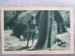 NOUVELLES HEBRIDES . UN VILLAGE D AMBRYM . NU - Cartes Postales
