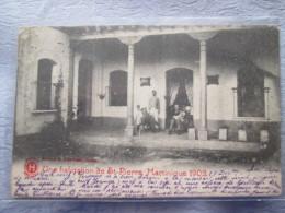 UNE HABITATION DE ST PIERRE MARTINIQUE 1902  Pli - Postcards