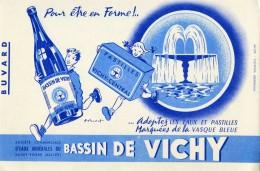 "B 4  /   1  BUVARD     "" VICHY ""  PAR VOIR SCAN - Buvards, Protège-cahiers Illustrés"