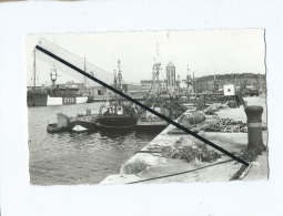 CPSM - Dunkerque  -  Les Quais - Bateau Fer - Tour De Lenghenaer - Dunkerque