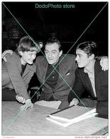 Alain Delon - 0153 - Glossy Photo 8 X 10 Inches - Berühmtheiten