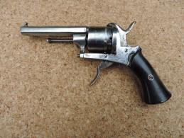 """Pistolet  à Broche 6 Coups Cal.7 -  """"E.L.G"""""""