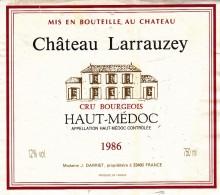 Étiquette   - CHÂTEAU LARRAUZEY - HAUT MÉDOC 1986 - Unclassified
