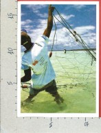 CARTOLINA VG TANZANIA - ZANZIBAR - Fishing In Kiwengwa - 11 X 16 - ANN. 2004 - Tanzania