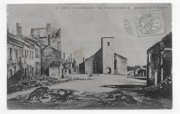 (RECTO / VERSO) BAZEILLES EN 1905 - N° 2 - PLACE ET EGLISE APRES LA BATAILLE - CACHET HOTEL DU LION D' OR - CPA - France