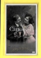 CPA COUPLE Romantique JOIE BONHEUR Embossé - Couples