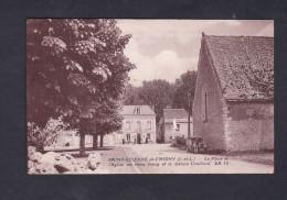 St Saint Etienne Du Chigny Place De L' Eglise Du Vieux Bourg Et Maison Couillard ( Animée L. Roy) - Other Municipalities