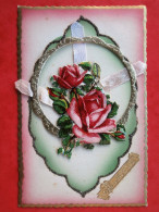 Cpa Fantaisie   HEUREUX ANNIVERSAIRE    Chromo Gauffre Roses, Ruban - A Systèmes