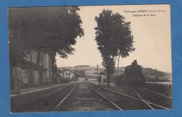 CPA - VAUX Sous AUBIGNY - Intérieur De La Gare - 1930 - Locomotive Est 4005 Chemin De Fer Bahn Train - Non Classés