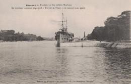 BAYONNE -64- L'ADOUR ET LES ALLEES MARITIMES - LE CROISEUR CUIRASSE ESPAGNOL RIO DE LA PLATA EST AMARRE AUX QUAIS - Bayonne