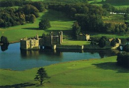 LEEDS CASTLE, Near MAIDSTONE, KENT - Aerial View From The North West - Carte Neuve - Inglaterra