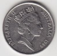 @Y@    Australië   5  P   1989     (3323) - Zonder Classificatie