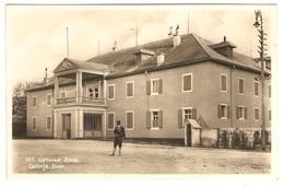 Cetinje.  Dvor - Montenegro