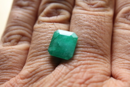 Smeraldo Ct. 7.55 - Emerald