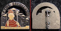 Insigne (broche) Des Pèlerins D'Issoire (63) Saint Austremoine 1995 Ars - LaSalette - Annecy - Religion & Esotérisme