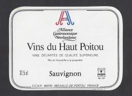 Etiquette De Vin Du Haut Poitou  -  Sauvignon  -  Alliance Gastronomique Néerlandaise  (Pays Bas) - Sin Clasificación