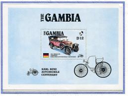 Gambie ** Bloc N° 24 - Voitures  Anciennes : Benz 820 - - Gambie (1965-...)
