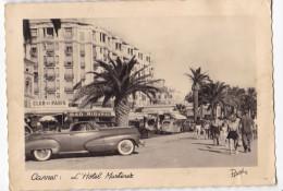 CANNES. - L'Hôtel Martinez. Superbe Voiture 1er Plan. Carte RARE Des Années 50 - Cannes