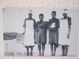 LES DEUX PREMIERS NE DE LA MATERNITE DE LA CROIX ROUGE A PAWA - Congo Français - Autres