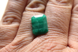 Smeraldo - C.t. 7.65 - Emerald
