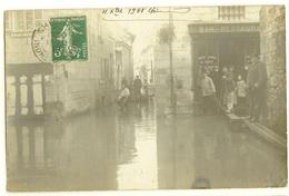 37 076   CHINON  Crue De La Vienne 1910 - Chinon
