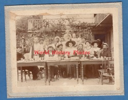 Photo Ancienne - FAVERGES ( Haute Savoie ) - Intérieur Du Café Bouvier ? - Même Origine Que La CPA Photo - Photos