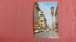 - California > San Francisco       Chinatown        Ref  2370 - San Francisco