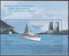 TAAF 2011 Yvert Bloc Feuillet 26 Neuf ** Cote (2015) 4.40 Euro Navire Escorteur Forbin Emission Avec SPM - Blocs-feuillets