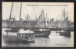 CPA 29 - Concarneau, Séchage De Filets Bleus Dans Le Port De La Ville Close - Concarneau