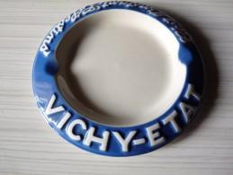 CENDRIER   VICHY-ETAT  C'est L'instant Célestins--     Rond, Diàmètre 14cm, Ht: 1,7 Cm, Céramique MDW - Cendriers
